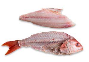 ماهی پاک شده و با سر و دم باشد